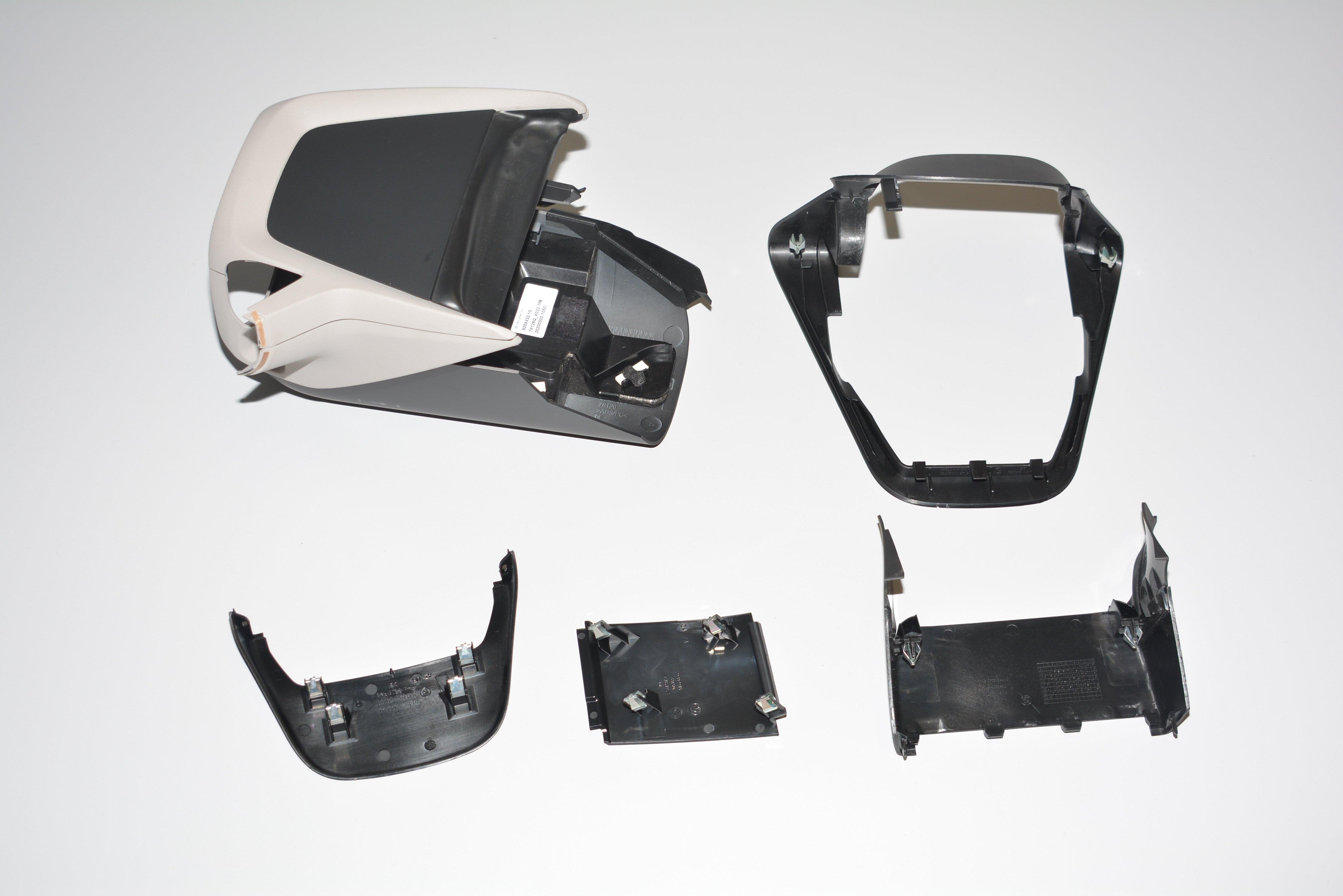 miniatura 8 - BMW I01 i3 Anteriore Interno Cruscotto Volante Meccanismo Orlo Rhd